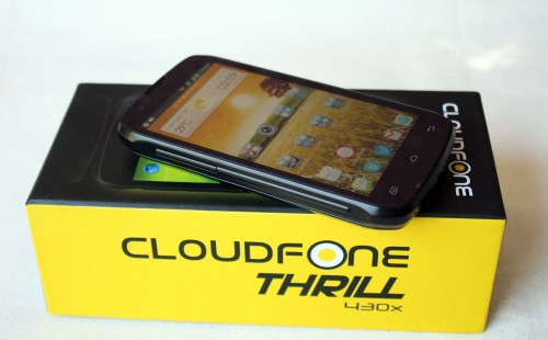 BIG BATTERY. The flagship Cloudfone model, the Thrill 430x, comes with a battery that can power the unit for 3 days, officials said. (Photo by Marlen Limpag)